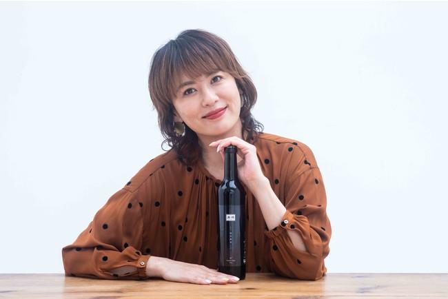 話題の養生法「月曜断食」公認酵素ドリンク「温経酵素」トップアンバサダーに女優・鈴木砂羽さん就任!